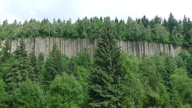 Basaltsäulen (Orgelpfeifen) am Scheibenberg