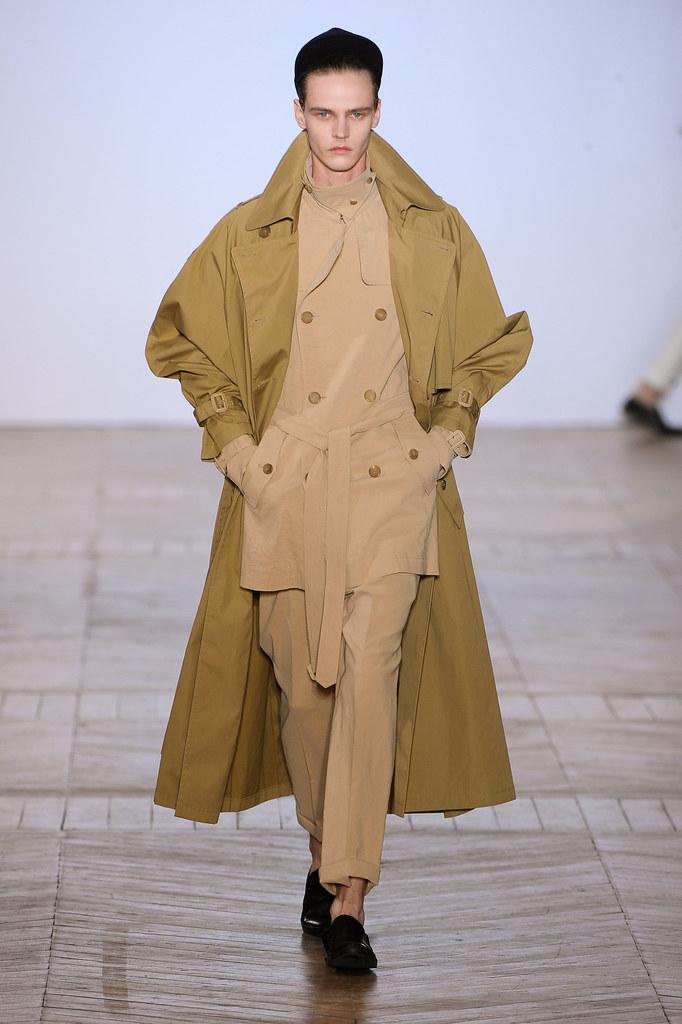 Bart Grein3084_SS13 Paris Juun J.(fashionising.com)