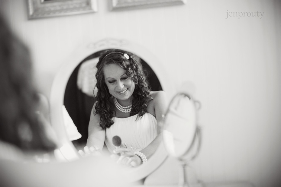 2jen prouty michigan wedding photographer