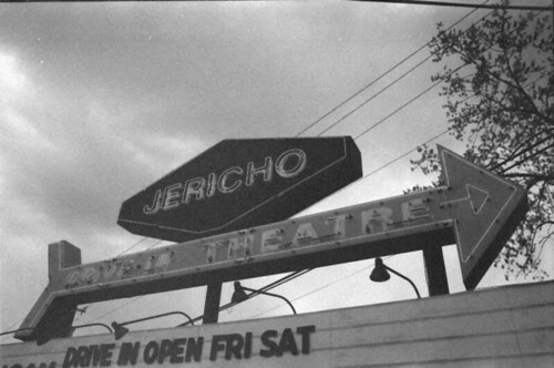 Jericho Drive-in Marquee 2 BW LR
