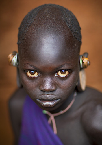 Suri little girl with big eyes, Kibbish, Omo, Ethiopia