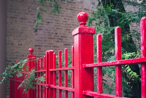 red chicago fence passion southloop fencefriday
