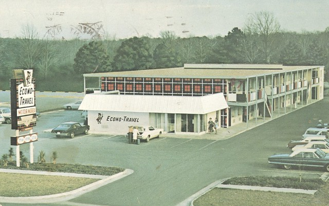 Econo-Travel Motor Hotel - Staunton, Virginia
