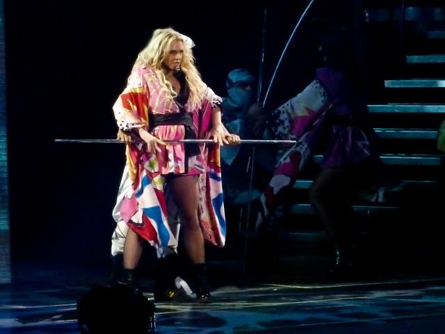 Britney Spears - Femme Fatale Tour - Bercy, Paris (2011)