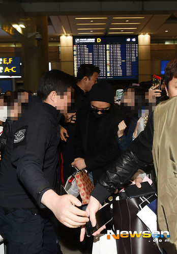 Big Bang - Incheon Airport - 22mar2015 - Seung Ri - Newsen - 01