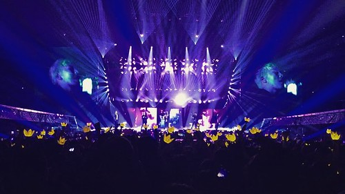 Big Bang - Made Tour 2015 - Anaheim - 04oct2015 - ravenbutters - 01