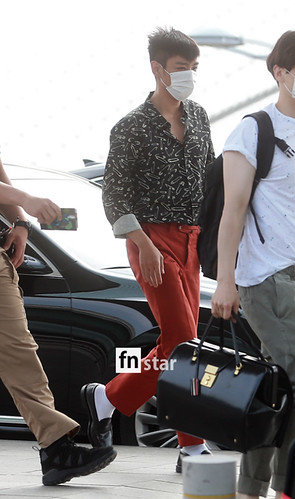 BIGBANG Incheon Airport to Shanghai Press 2015-06-19 038