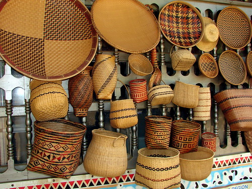 art southamerica shopping scenery colombia view crafts lowlands culture baskets blackwater whitesand weaving mitu amazonbasin neotropics vaupes