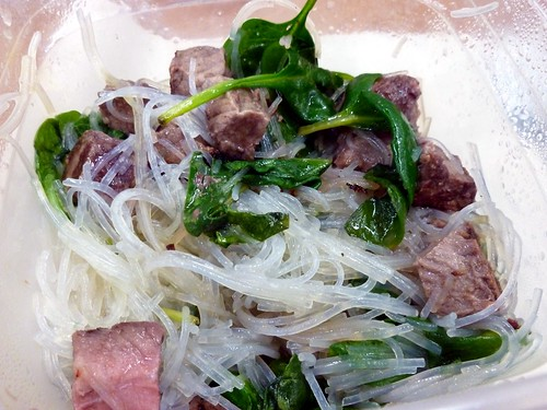 glass noodles with spinach and beef
