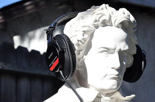 Beethoven wearing Sony MDR-V6