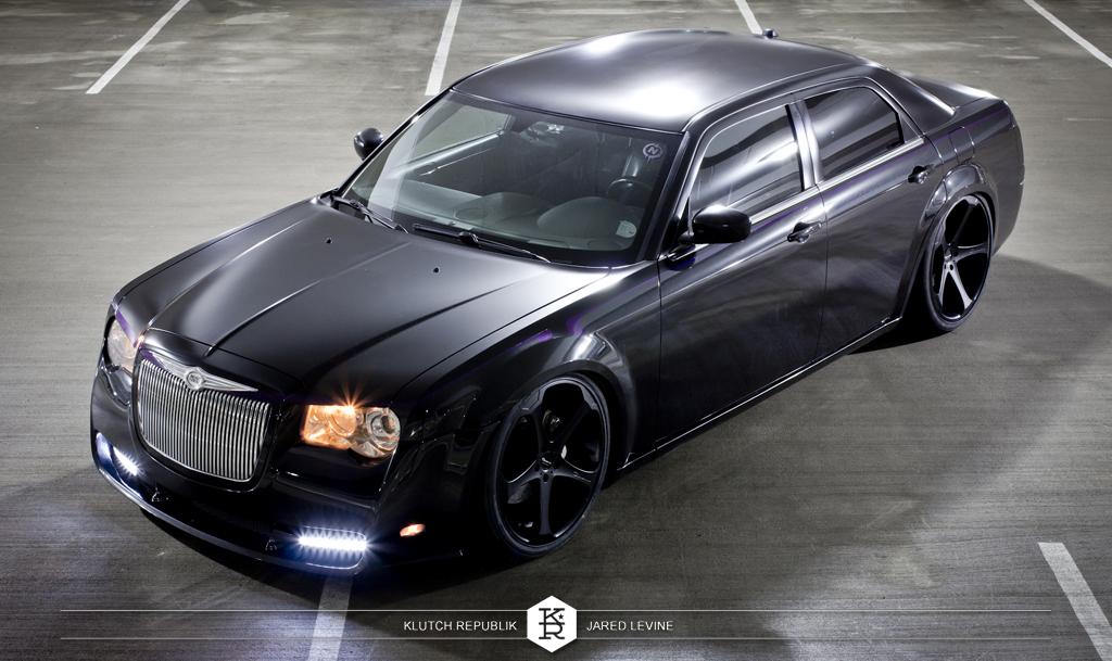 black chrysler 300 on airride slammed low fitment as seen on klutch republik