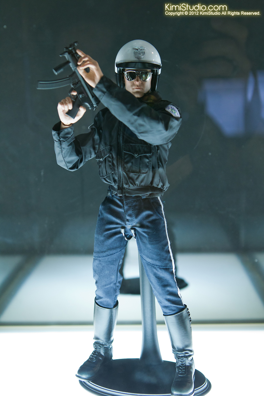 2011.11.12 HOT TOYS-030