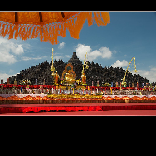 umberella, main stage & Borobudur