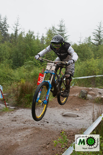 Photo ID 3 - 1 Emmeline RAGOT - MS MONDRAKER TEAM, Downhill Finals, Fort William MTB World Cup 2012
