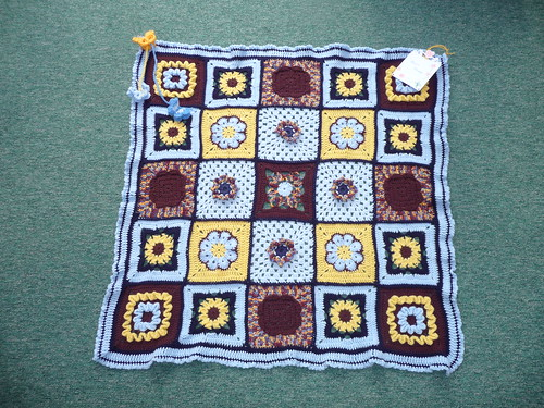 A stunning Blanket don't you think? What a great combination of colours!