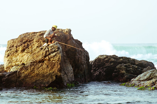 ocean sea sunrise fishing rocks asia srilanka ceylon unawatuna southasia stickfishermen thalpe srilanka878243