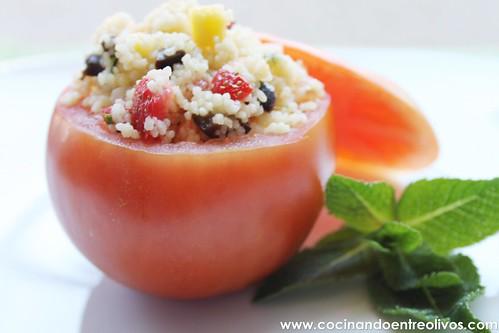 Tomates rellenos de cous cous de fresas y mango (16)