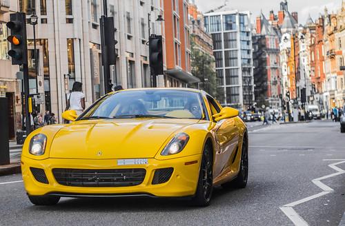 無料写真素材, 乗り物・交通, 自動車, フェラーリ, フェラーリ
