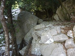 Brèche du Carciara : redescente du chemin en RG dans la partie amont de la brèche