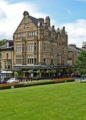 Betty's, Harrogate by Tim Green aka atoach