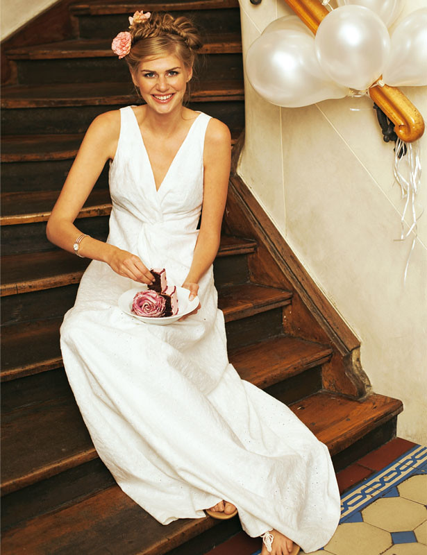 A Guide For The Modern Bride Plus 40 New Wedding Gown Sewing Simple Wedding Gown Patterns