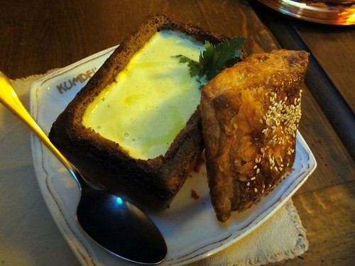 2012.07_garlic soup in bread bowl at Kumpel