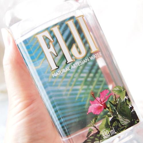 フィジーウォーター FIJI