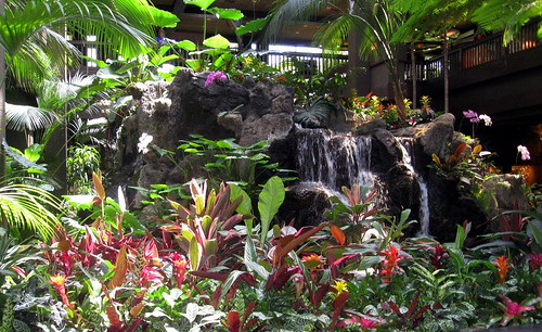 Walt Disney World - Disney's Polynesian Resort - Great Ceremonial House - Lobby Waterfall (2)