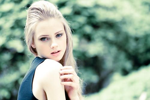 [フリー画像素材] 人物, 女性, 女性 - 金髪・ブロンド ID:201211041400