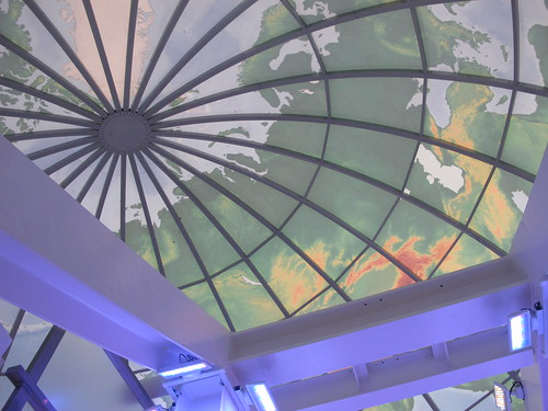 Atlanta: The globe at the top of the giant escalator