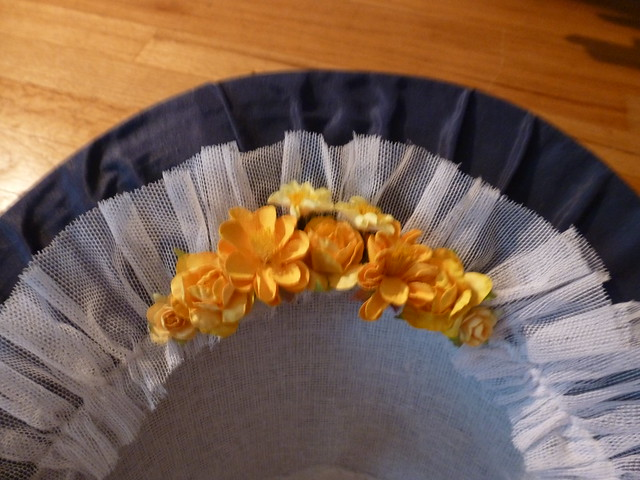 blue silk bonnet, early 1860s