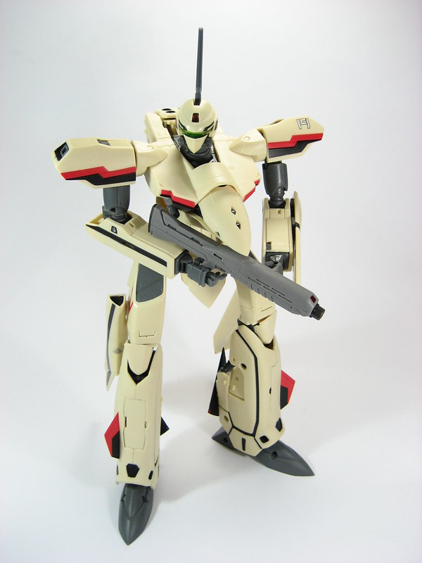 1/60 Perfect Transformation YF-19 by Yamato Toys