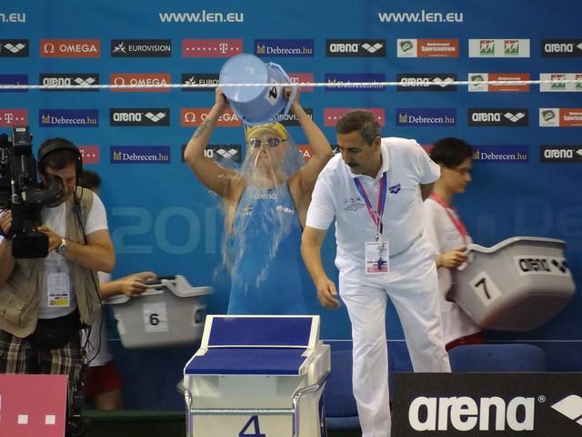 Sarah Sjöström's pre-race bucket routine