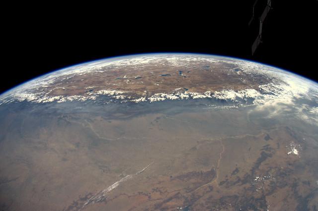 Het dak van de wereld. Het Himalaya gebergte en de hoogvlakte van Tibet.