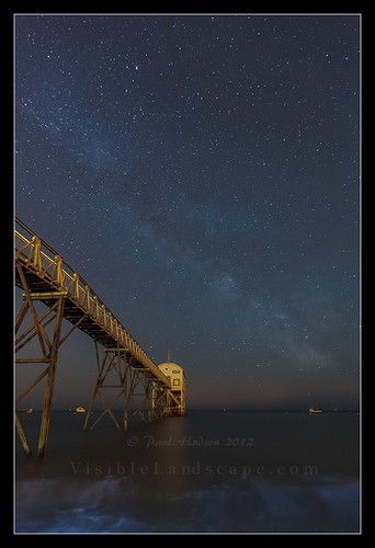 uk longexposure sea england sky beach night stars landscape boats photography sussex westsussex visible milkyway lifeboatstation selseybill visiblelandscape