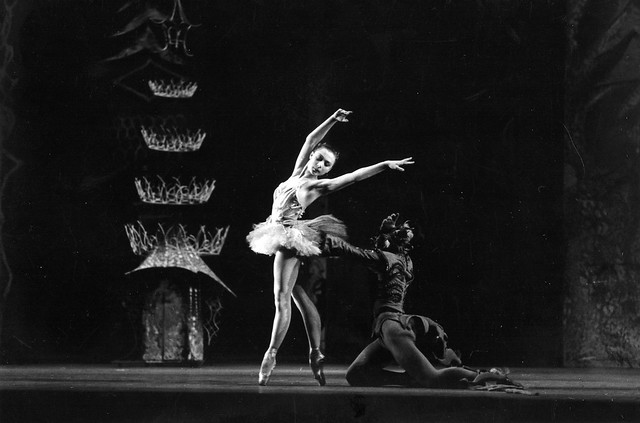 Svetlana Beriosova as The Princess Belle Rose and David Blair as The Green Salamander in the Sadler's Wells Ballet production of 'The Prince of the Pagodas 1957 © Roger Wood/ROH 1957