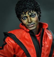Michael Jackson Thriller, Hot Toys Repaint