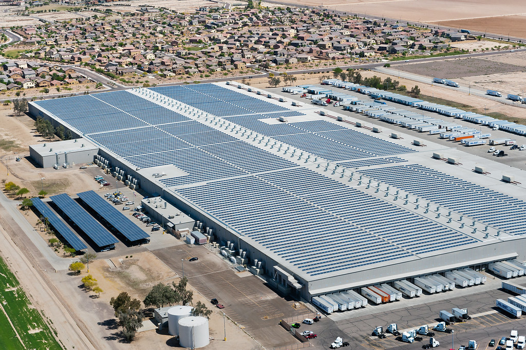 Solar installation on Walmart's Buckeye, Arizona distribution center