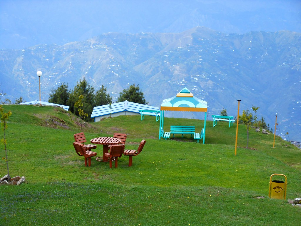 Trip to Muzaffarabad & Pir Channasi April-May 2012-nomi700 - 7454129938 c94990d639 b