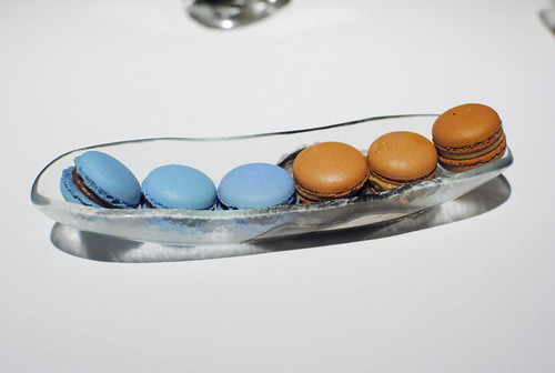 foie and tea macarons
