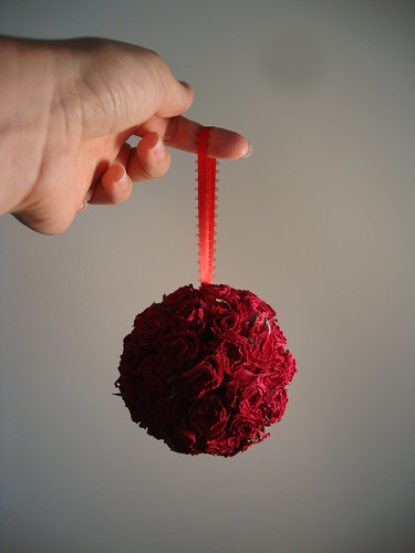 dried rose sphere