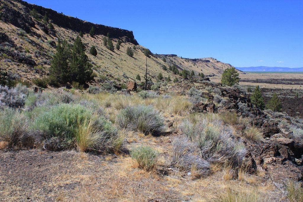 Hotels Near Lava Beds National Monument
