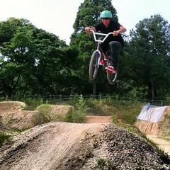 勇海先生、久しぶりにのクセに飛べ過ぎ!#bmx #trails