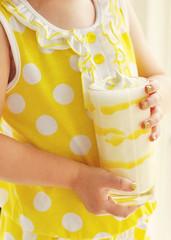 Lemon Meringue Milkshake 3