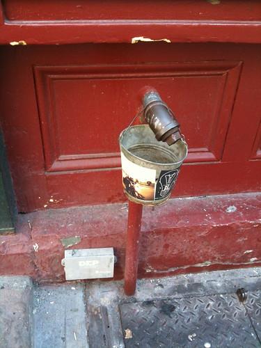 Cigarette pail