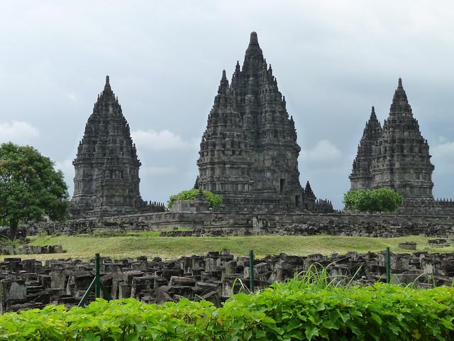 Candi Prambanan Temple Compounds (P1120032)