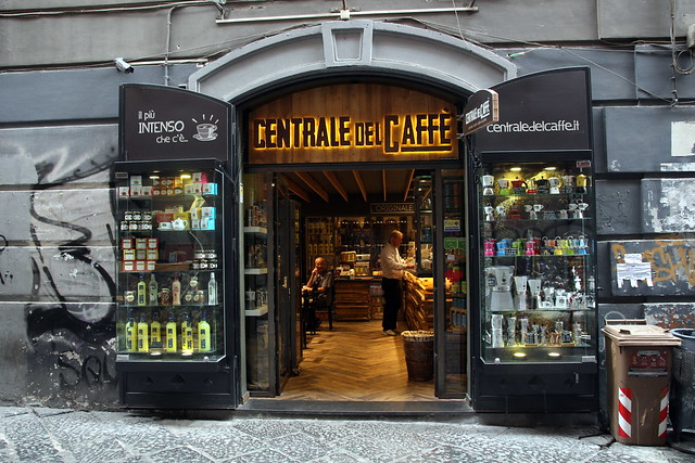 Centrale del Caffè - a great place for coffee in Naples
