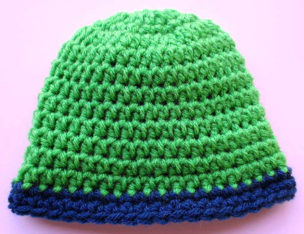 Rolled Brim Baby Hat Pattern | My Recycled Bags.com