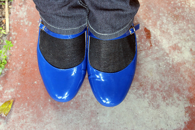 Comparing the Blues - the Shoes