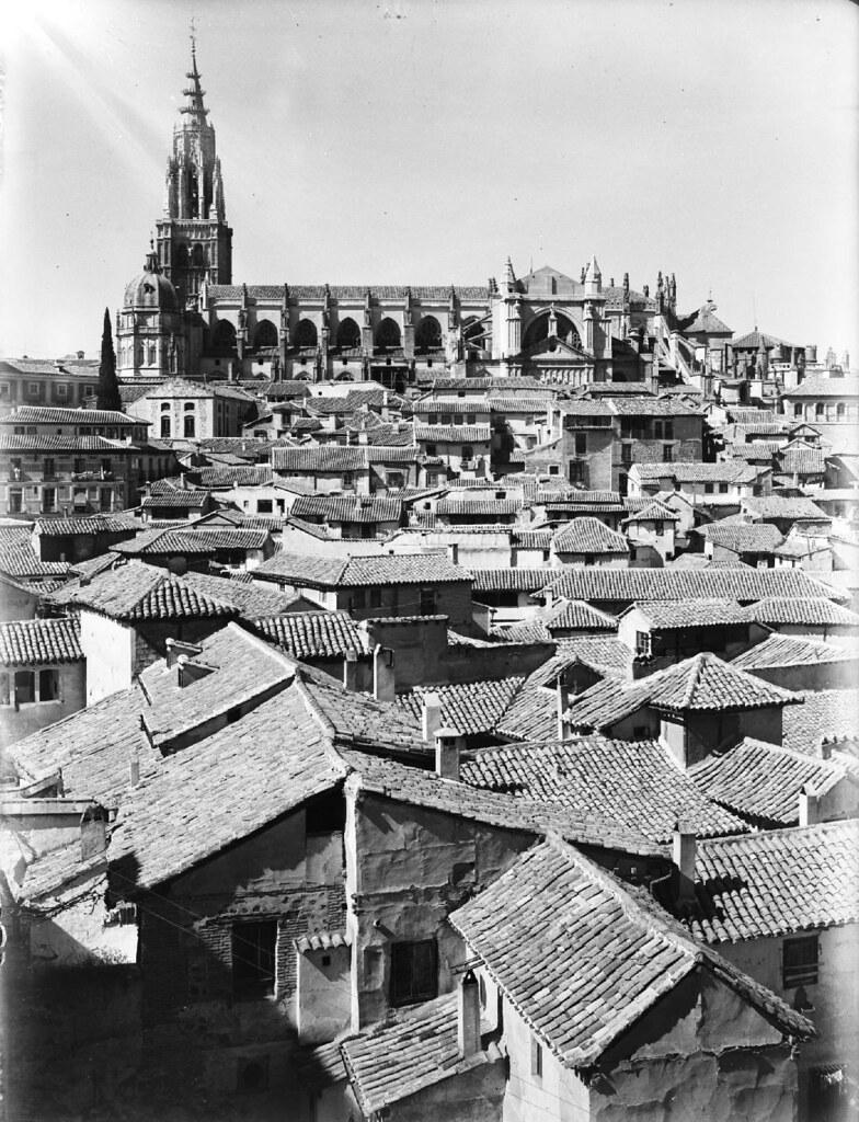 Catedral de Toledo en los años 20. Detalle de una Fotografía de Otto Wünderlich. © Fototeca del Patrimonio Histórico